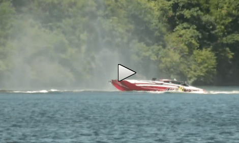 Insane Speed Boat Crash at The Lake of the Ozarks Shootout