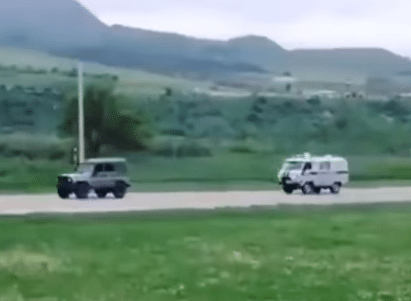 Russian police given the slip by off-roading suspect - Video God