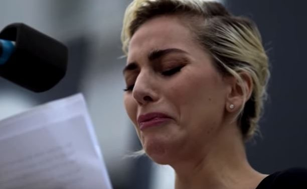 Lady Gaga Gives Emotional Speech to Honor Victims of Orlando Shooting at L.A. Vigil