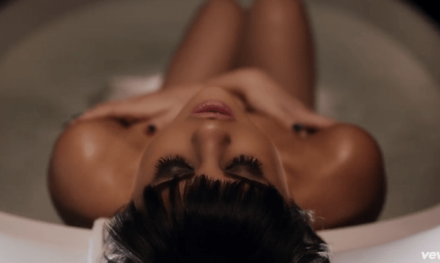 Selena Gomez – Hands To Myself Official Video