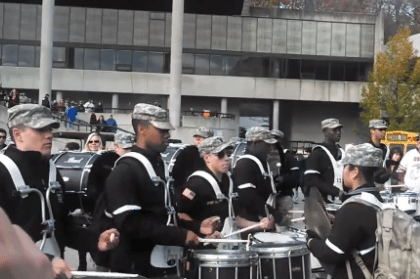 Awesome US Air Force vs Army Drumline Battle