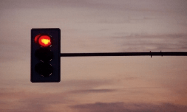 Boy Calls 911 To Tell Them His Dad Ran A Red Light