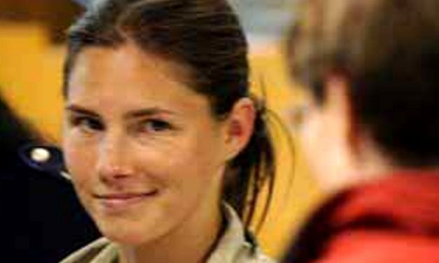 Amanda Knox Will Cash In From Her Jailtime: We All Ponder, 4 Years Of Ass Pounding For Millions..?
