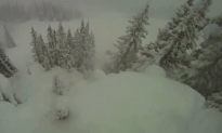 Watch This Guy Save His Buddy From a Vail Mountain Avalanche