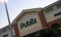 Two Customers Get In To A Fist Fight At A Publix Deli Counter