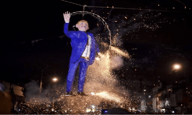 Mexicans Burn Effigies Of Donald Trump In Easter Ritual