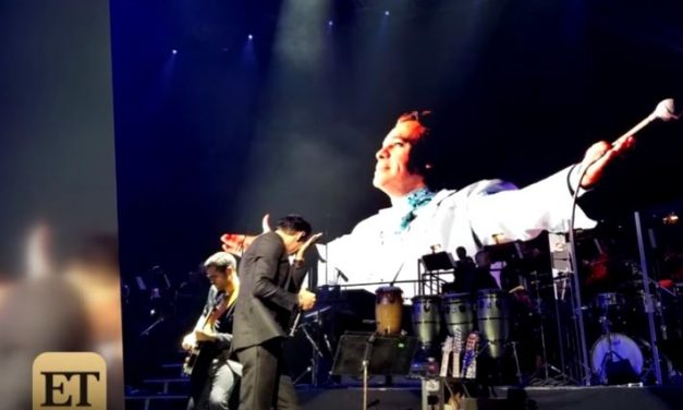 Marc Anthony Cries on Stage While Paying Tribute to the Late Mexican Singer Juan Gabriel