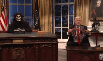 Saturday Night Live – Trump in the Oval Office