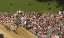 Freestyle Motocross on a Floating Course