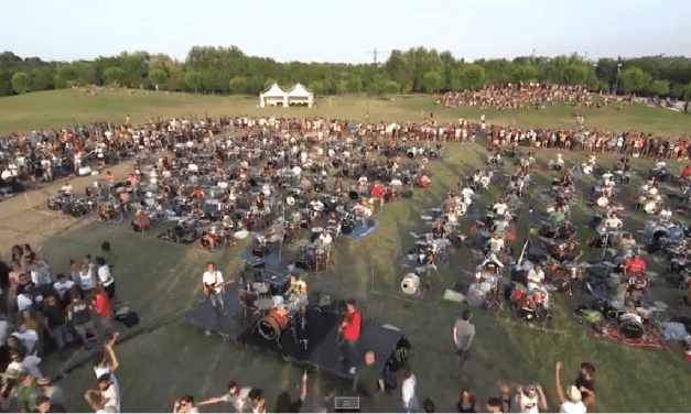 One Thousand Musicians Perform A Foo Fighters Song