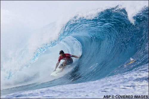 """Pro Surfer """"Bruce Irons"""" comes to Ft. Lauderdale"""