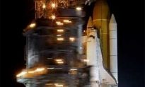 """Space Shuttle """"Discovery"""" Ready For Final Launch!"""