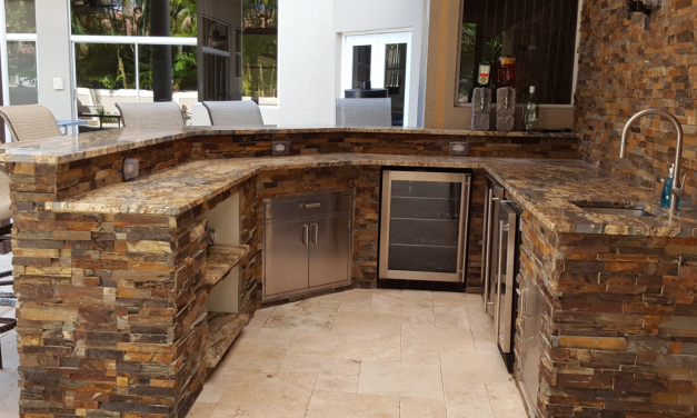 Trending Outdoor Kitchen Designs For South Florida Homes